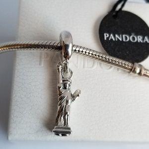 Pandora Statue of Liberty Dangle Charm Silver NWT